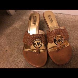 MC Shoes